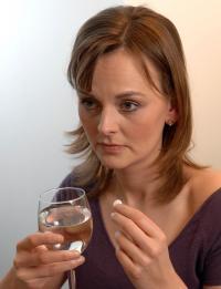 Der Griff zu Beruhigungsmitteln kann langfristig die Persönlichkeit des Betroffenen verändern.