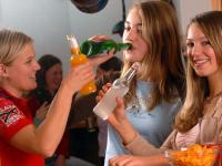 Die weltweit am meisten verbreiteten Drogen sind Alkohol und Nikotin.