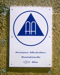 Schild der Anonymen Alkoholiker