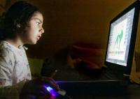 Bereits im Kindesalter erlebt man heute den ersten Kontakt mit dem Computer