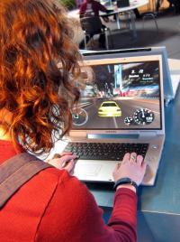 Über das Internet ist es möglich gemeinsam mit anderen Usern Spiele zu spielen. Die Suchtgefahr ist hierbei extrem hoch