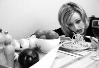 Essstörungen können dazu führen, dass Betroffene einen Ekel vor Essen enwickeln